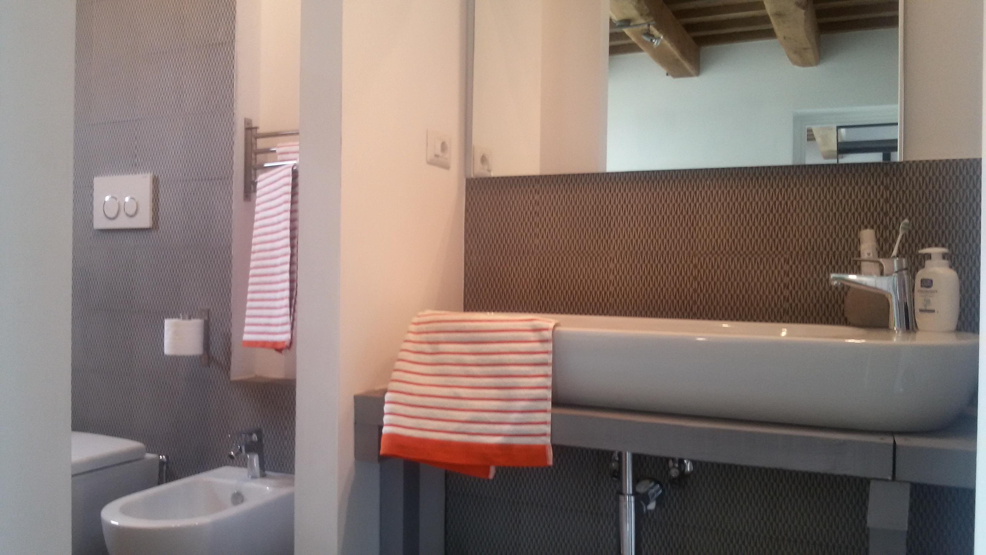 ensuite bathroom - bagno interno alla camera al piano terra