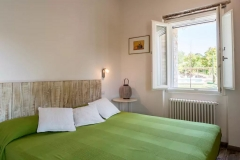 double room on 1 floor / camera letto matrimoniale al 1 piano